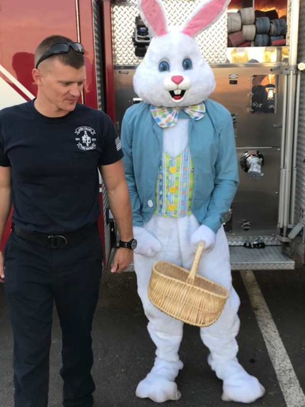Easter Bunny & FF Ing