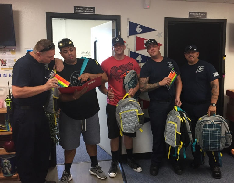 8-23-17 Deliver supplies to Roadrunner Elementary