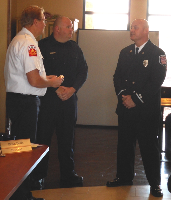 Jan 27, 2015 Captain Calhoun Badge Pinning (2)
