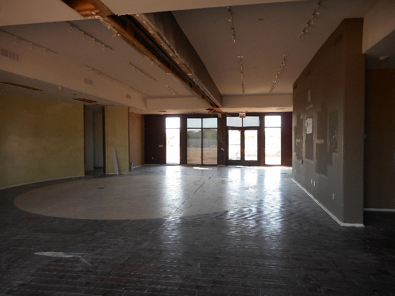 8-25-st-194-building-onsite-interior-look-to-front-entrance